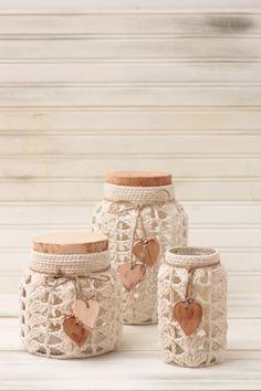 Crochet Decoration, Crochet Home Decor, Crochet Cup Cozy, Knit Crochet, Mason Jar Crafts, Bottle Crafts, Crochet Basket Pattern, Crochet Patterns, Lace Jars