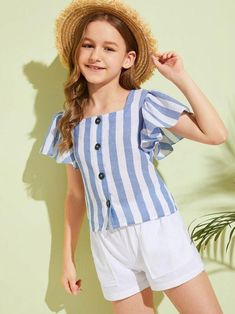 To find out about the Girls Butterfly Sleeve Button Front Striped Blouse at SHEIN, part of our latest Girls Blouses ready to shop online today! Girls Blouse, Collar Top, Girly Outfits, Latex Fashion, Summer Shirts, Blouse Styles, Vintage Style Outfits, Types Of Sleeves, Shirt Sleeves