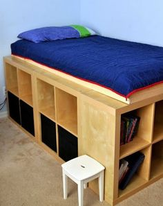 DIY Bed Platform with IKEA Expedit. I love this IKEA Expedit storage bed from Genius IKEA hackers. All the extra storage is so fabulous. See the full directions Murphy Bed Ikea, Murphy Bed Plans, Diy Storage Bed, Storage Ideas, Extra Storage, Organization Ideas, Loft Storage, Storage Bins, Storage Solutions