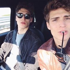 I want to carpool with these two hotties!