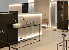 Makio Hasuike & Co: works with Italian and foreign companies operating in different fields Kitchen Showroom, Tile Showroom, Showroom Interior Design, Bathroom Showrooms, Retail Design, Deco, Plumbing, Lighting Design, Faucet