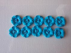 SALE Lot of 10 Flower Buttons  1 Inch  Turquoise WAS 4.50