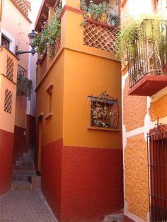 Callejón del Beso en Guanajuato, México.