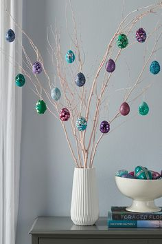Catch spring fever with our quick and easy Easter decorating ideas for your home. We have an array of fun and colorful DIY spring decorations that you'll be sure to love, from Easter mantel decor to kid-friendly crafts. Easter Egg Dye, Easter Tree, Easter Crafts, Crafts For Kids, Easter Ideas, Kids Diy, Easter Decor, Diy Crafts, Pom Pom Tree