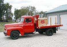 1951 International L-130 truck