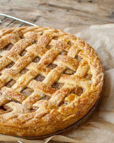 Amerikietiškas obuolių pyragas   http://ift.tt/2cNJYK9 . . . . . . . #apple #pie #applepie #dessert #dessertstagram #food #foodstagram #foodblog #instafood #delicious #homecooking #baking #homemade #maistas #skanu #pyragas #obuoliupyragas #obuoliai #ruduo #receptai #sigitacooks