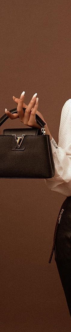 Micah Gianneli, Louis Vuitton Accessories, Dark Hair, Leather Fashion, Michael Kors Jet Set, Autumn Fashion, Bags, Cream, City