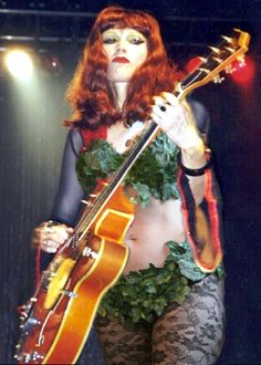 Poison Ivy - The Cramps. S.
