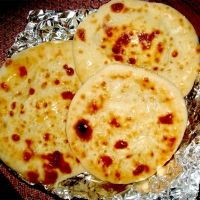 Garlic Naan Breads Recipe