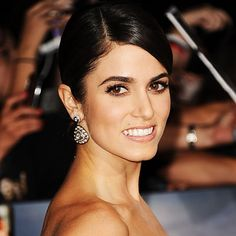 in my pseudo-professional opinion: fabulous brows, flawless skin, elegant and age-appropriate hairdo, skilled face contouring, impeccable makeup in general! (Nikki Reed, 2012)
