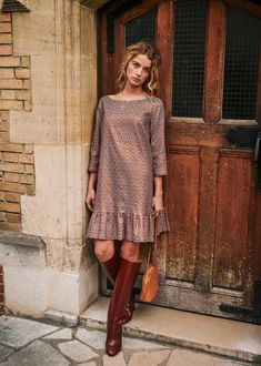 Sézane - Auberie Dress Fashion Lookbook, Fashion Trends, Fashion Ideas, Bronze, Vintage Boots, Classy Dress, Mannequin, Winter Collection, Well Dressed
