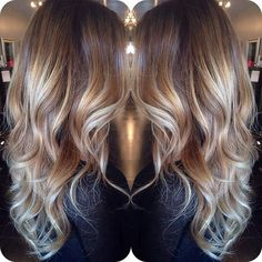 1 Mix up balayage highlights with blonder tips Mix up balayage highlights with blonder tips: The omb