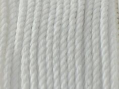 Sznurek Skręcany Biały 2.2mm Szpulka 25m 11,05 zł - Półfabrykaty do biżuterii \ Bazy biżuteryjne \ Sznurki \ Polipropylenowe Decoupage \ Elementy do zdobienia \ Sznurki \ Polipropylenowe - MarMon.com.pl