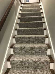 Cheap Carpet Runners For Stairs Hallway Decorating, Stair Runner Carpet, Wood Stairs, Remodel, Staircase Design, Home Remodeling, Staircase Makeover, Remodeling Mobile Homes, Stairs