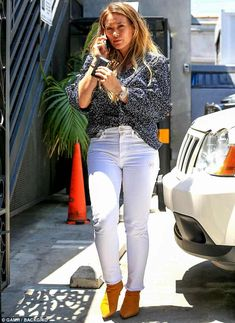 Relaxed: Hilary looked effortlessly cool in a finely printed navy blouse, which was half-tucked into a pair of thigh-hugging white skinny jeans Nine Zero One Salon, Hilary Duff Style, Love Fashion, Fashion Outfits, Female Actresses, Indian Actresses, Navy Blouse, Beautiful Indian Actress, Beautiful Actresses