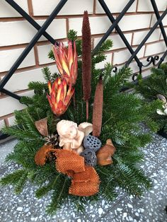Grave Decorations, Funeral Flowers, Gd, Flower Arrangements, Diy And Crafts, Wreaths, Fall, Home Decor, Christmas Ornaments