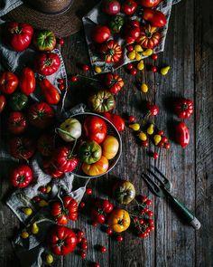 It's simplicity is it's complexity is it's beauty. #livelovewandereatrepeat  Eva Kosmas Flores | Adventures in Cooking | @evakosmasflores  Blog: http://ift.tt/1vCV6pv  #backyardbbqhero #pizza #pizzalikeaboss #italian #chef #pizzaandbeer #cookingcolor #beautifulcuisines #f52grams #pizzaparty #food #foodporn #grill #grilling #bbq #barbecue #parrilla #asado #instagood #foodstagram #foodgasm #saturday #weekend #saveplantseatpizza #recipe #nomnom #getinmybelly #firemakeseverythingbetter…