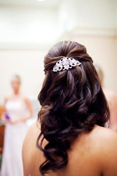 Wedding Hairstyle for long hair bride.
