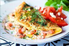 Omeletter är suveräna lågkolhydraträtter som mättar länge! Ägg är toppen!
