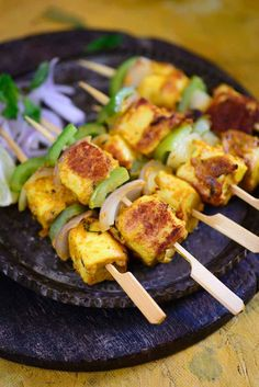 Mango Mint paneer Tikka is a mangolicious version of Paneer Tikka and it tastes super yummy! #Mango #Recipe #Snacks #Appetiser #Paneer #Indian #Grilled