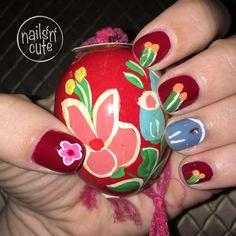Nail Art, Christmas Ornaments, Holiday Decor, Nails, Finger Nails, Ongles, Christmas Jewelry, Nail Arts, Christmas Decorations