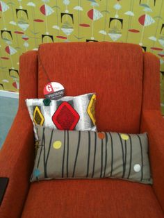 The G Plan Vintage Fifty Five. Magazine Display, Wilderness, Fabric Design, Sofas, Upholstery, Comfy, Throw Pillows, How To Plan, Vintage