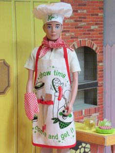 Ken in Cheerful Chef on Barbie and Friends - Vintage Barbie and Fashion Doll Blog Play Barbie, Barbie Dream, Barbie House, Barbie And Ken, Barbie Skipper, Barbie Diorama, Barbie Family, Barbie World, Barbie Life