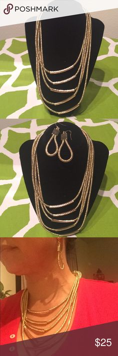 BRAND NEW- Layered Snake Chain Necklace Set BRAND NEW- Layered Snake Chain Necklace Set- Gold Jewelry Necklaces