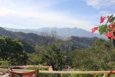 Inner Healing Holistic Wellness Center Holistic Treatment is located in Costa Rica – a country in Central America known for beautiful sunsets, breathtaking beaches, lush tropical rainforests and friendly people.