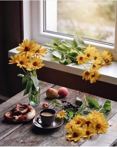 Coffee Love, Coffee Break, Table Settings, Table Decorations, Home Decor, Flowers, Forget, Buen Dia, Messages