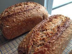 100 % integral y 100% espelta. Una buena combinación para conseguir una receta para Anna , una amiga que no puede comer trigo convenciona...