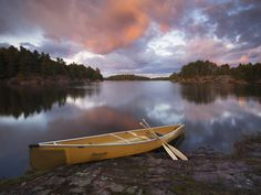 One of the several inlets of Georgian Bay bordering Killarney Provincial Park in Ontario, Canada. Ontario, Boat Wallpaper, Landscape Wallpaper, Stars At Night, Best Vacations, Landscape Photos, Rafting, Kayaking, Canoeing
