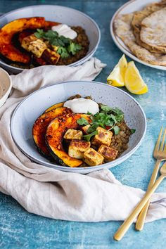 These spicy lentils are cooked until soft and then served topped with cumin spiced paneer and caramelised kabocha squash for an easy vegetarian dinner which is packed with flavour! #thecookreport #spicylentils #vegetarian #paneer Easy Vegetarian Dinner, Vegetarian Recipes Easy, Spicy Recipes, Healthy Recipes, Winter Dinner Recipes, Lentil Recipes, Main Courses, Lentils, Squash