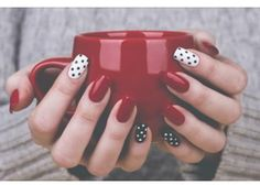 Dazzling Nailart Ideas You Should Gift Your Nails. Like every beautiful part of your body, your nails also deserve your care. So it is time to choose the most brilliant colors to decorate them. Let everyone fall in love with your nailart ideas. Dot Nail Art, Polka Dot Nails, Polka Dots, Love Nails, Pretty Nails, Gorgeous Nails, Pin Up Nails, Nagellack Design, Nagel Hacks