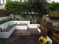 A Lucy Wilcox garden design.