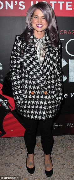 Kelly Osbourne wearing houndstooth...