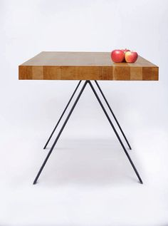 Vera: Kitchen table - Solid wood - Pine - Stainless steel base
