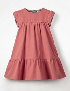 Buy the Pretty Cord Dress now for people say every cloud has a silver lining. At Mini Boden we say every dress has a fancy lining (floral, in this case). From the cap sleeves down to the panelled skirt, this cord dress was made for swishing. African Dresses For Kids, Toddler Girl Dresses, Little Girl Dresses, Girls Dresses, Kids Dress Wear, Fancy Dress, Baby Dress Design, Baby Frocks Designs, Baby Girl Dress Patterns