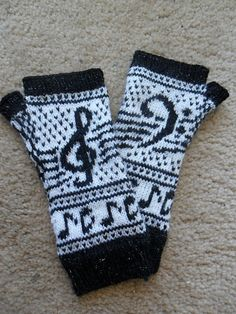 Oh my gosh, two of my favorite things: knitting and music Knitted Gloves, Fingerless Gloves, Knitting Hats, Wrist Warmers, Fiber Art, Mittens, Ravelry, Scrapbooking, My Favorite Things