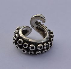 tentacle ring