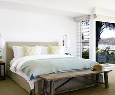 """A luxury coastal home on Sydney's Northern Beaches:A [Jardan](http://www.jardan.com.au/