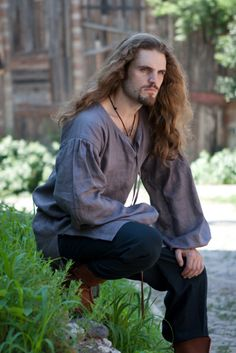 Pagan Tunics Wicca Witch:  Flax Linen Medieval Undertunic. He looks uncomfortably comfortable. #renratsguide