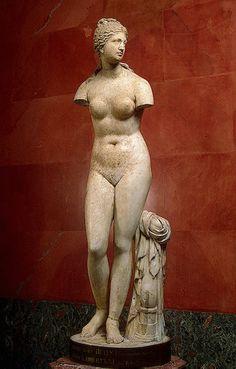 Aphrodite (Venus of Taurida ), century BCE, Ancient Greece The Hermitage Museum, St Petersburg, Russia Ancient Art, Ancient History, Art History, Roman Sculpture, Sculpture Art, Aphrodite, Statues, Classical Greece, Empire Romain