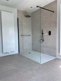 Condo Bathroom, Beige Bathroom, Bathroom Toilets, Grey Bathrooms, Polished Concrete Tiles, Modern Shower, Upstairs Bathrooms, Bathroom Interior Design, Bathroom Inspiration