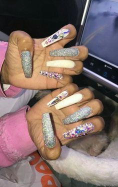 Long nails :long nail designs nail designs for long nails Nail Designs 2014, Long Nail Designs, Beautiful Nail Designs, Acrylic Nail Designs, Sparkly Nails, Fancy Nails, Glitter Nails, Pink Glitter, Long Acrylic Nails