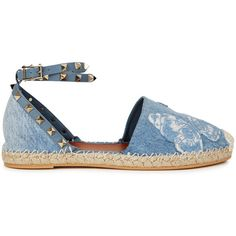 Valentino Butterfly-embroidered denim espadrilles (2.253.315 COP) ❤ liked on Polyvore featuring shoes, sandals, denim shoes, espadrille sandals, valentino sandals, butterfly shoes and embroidered sandals