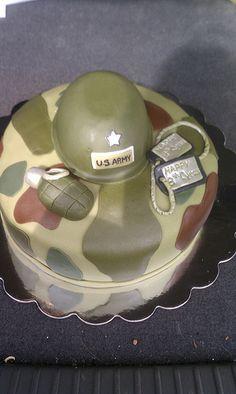 Army Cake Army Birthday Parties, Army's Birthday, Birthday Themes For Boys, Army Cake, Military Cake, Pretty Cakes, Cute Cakes, Camouflage Cake, Tank Cake