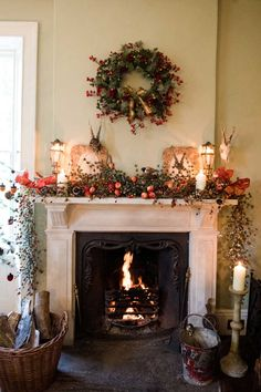 53 best christmas mantelpiece decoration images pine garland xmas rh pinterest com