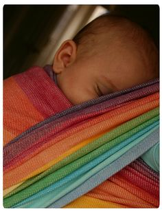 This will be my next rainbow purchase ♥  Girasol snow rainbow 6 #Babywearing #sling