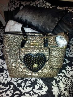 Besty Johnson diaper need if we have a girl Cute Purses, Purses And Bags, Betsey Johnson Diaper Bag, Cute Diaper Bags, Belt Purse, Baby Phat, Girl Swag, Swagg, Clutch Wallet